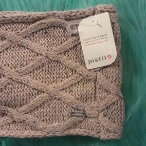 NWT Pistil Snowboarding Knit Infinity Scarf